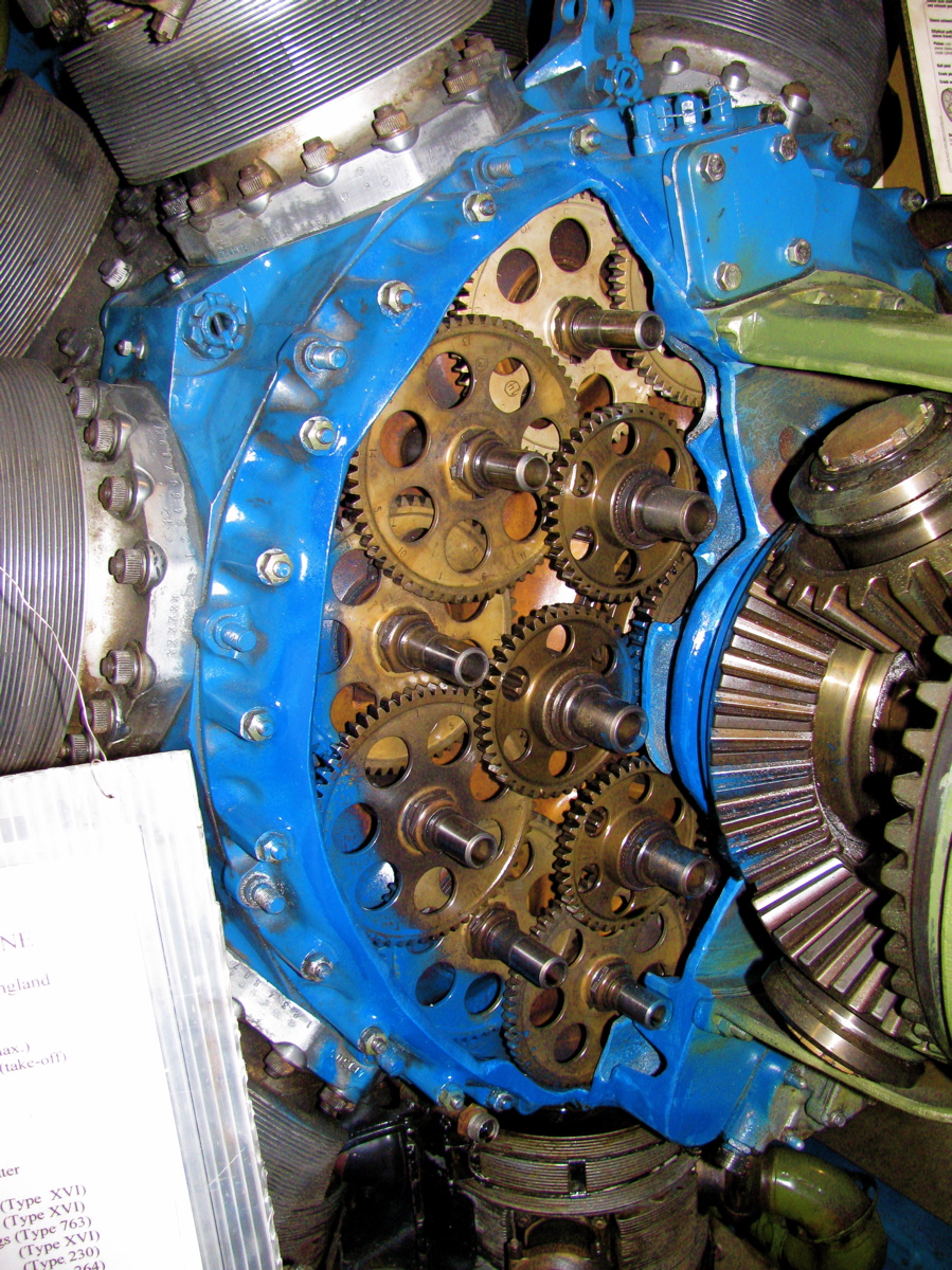 Img on Sea Fury Sleeve Valve Engine
