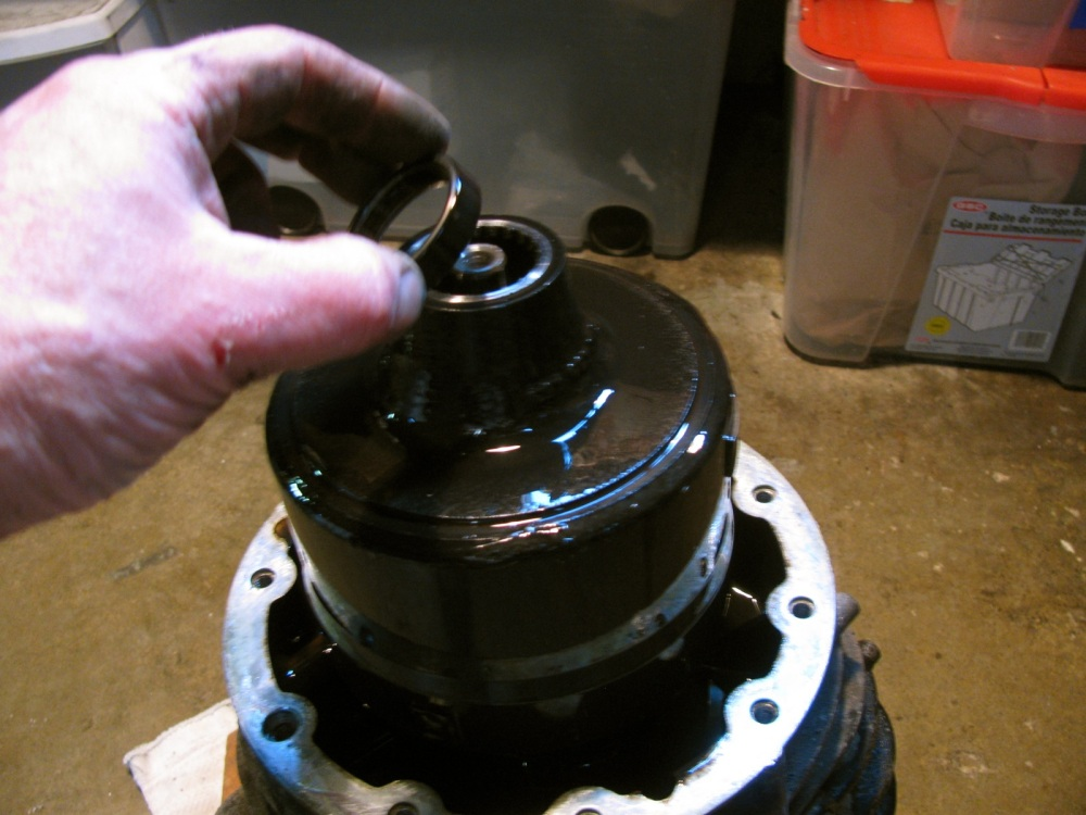 Vanagon - syncro viscous coupling replacement (5/6)